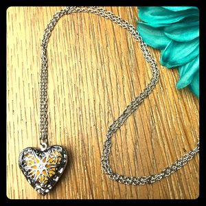 Silver Heart Locket Aromatherapy diffuser